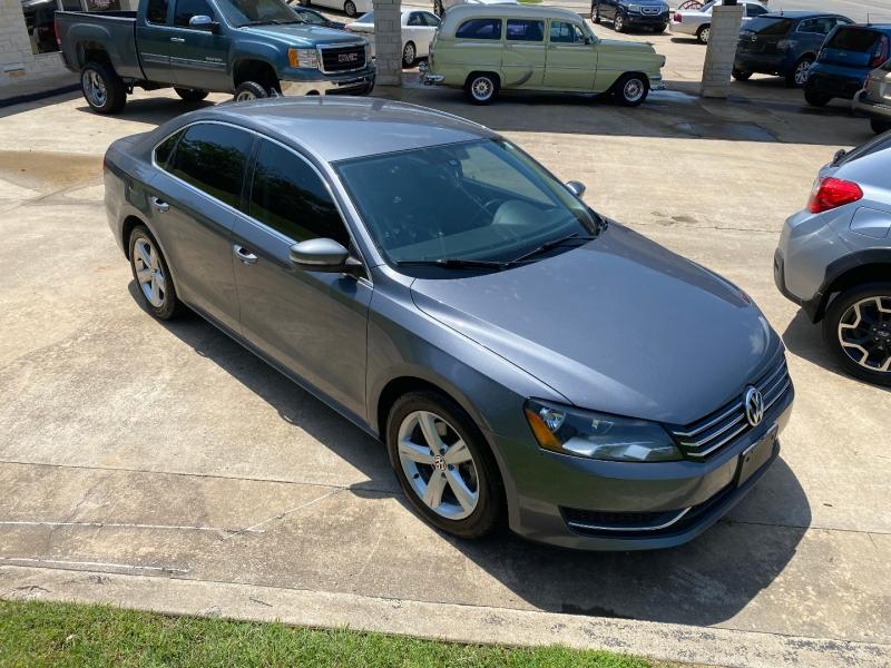 Volkswagen Passat 2014 price $12,995 Cash