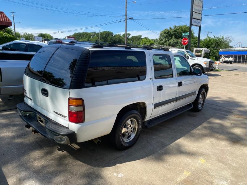 Chevrolet Suburban 2002 price $7,995 Cash