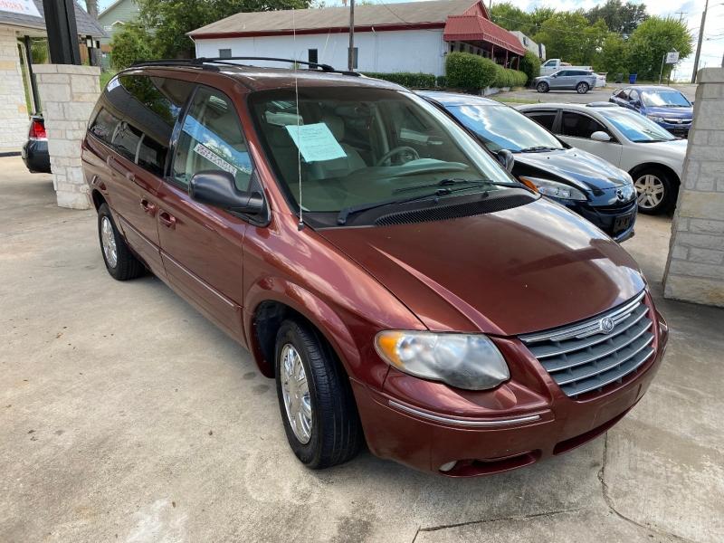 Chrysler Town & Country LWB 2007 price $7,995 Cash