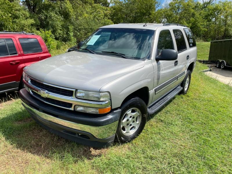 Chevrolet Tahoe 2005 price $4,995 Cash