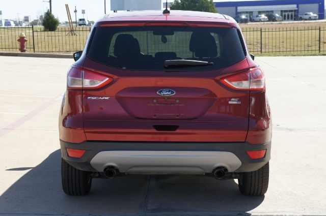 Ford Escape 2016 price Call for Pricing.