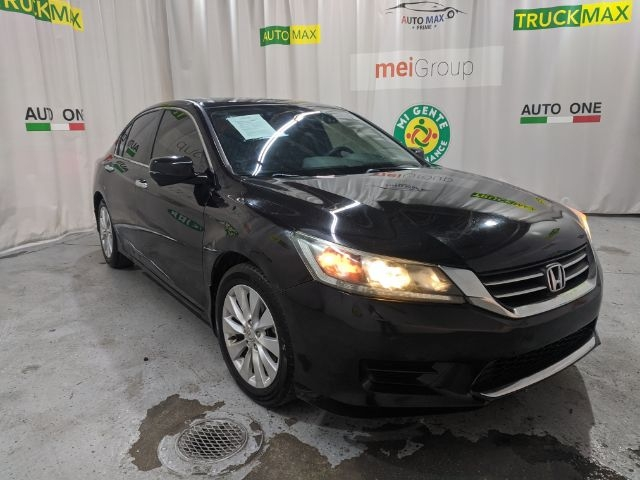 Honda Accord Sedan 2014 price Call for Pricing.