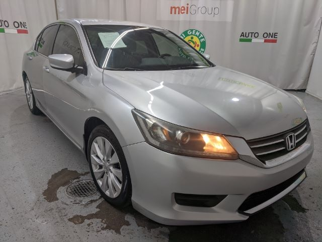 Honda Accord Sedan 2015 price Call for Pricing.