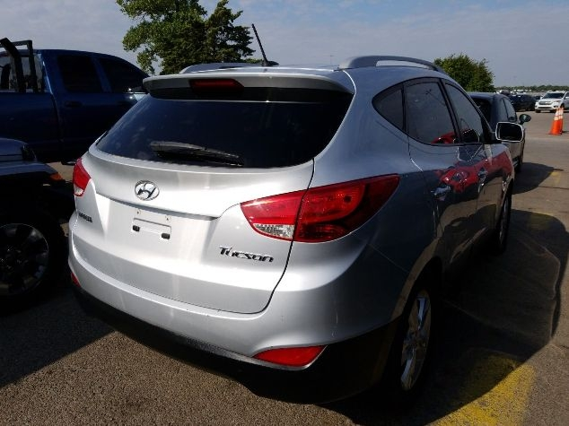 Hyundai Tucson 2013 price Call for Pricing.
