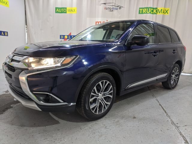 Mitsubishi Outlander 2016 price Call for Pricing.
