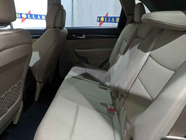 Kia Sorento 2012 price $0