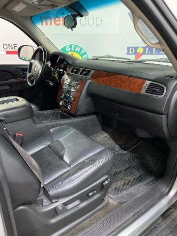 Chevrolet Suburban 2011 price $0
