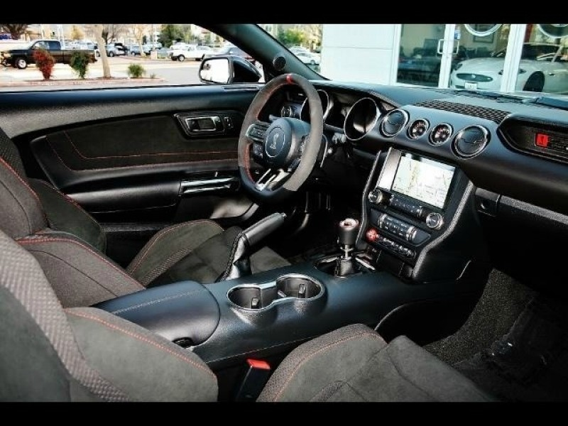 Ford Mustang 2016 price $90,000