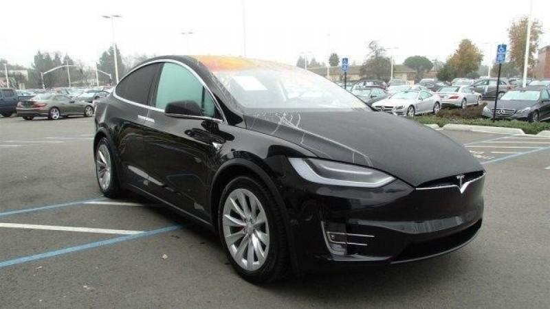Tesla Model X 2016 price 90,000
