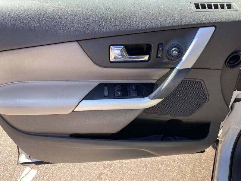 Ford Edge 2013 price $10,750