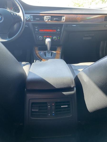 BMW 3 Series 2011 price $9,275