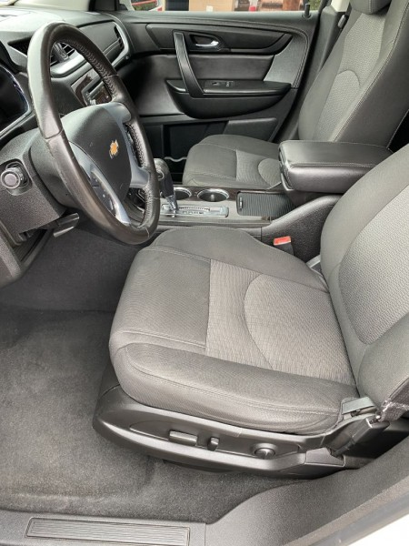 Chevrolet Traverse 2016 price $13,495