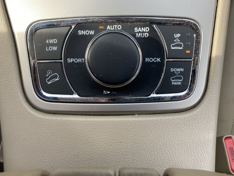 Jeep Grand Cherokee 2011 price $14,795