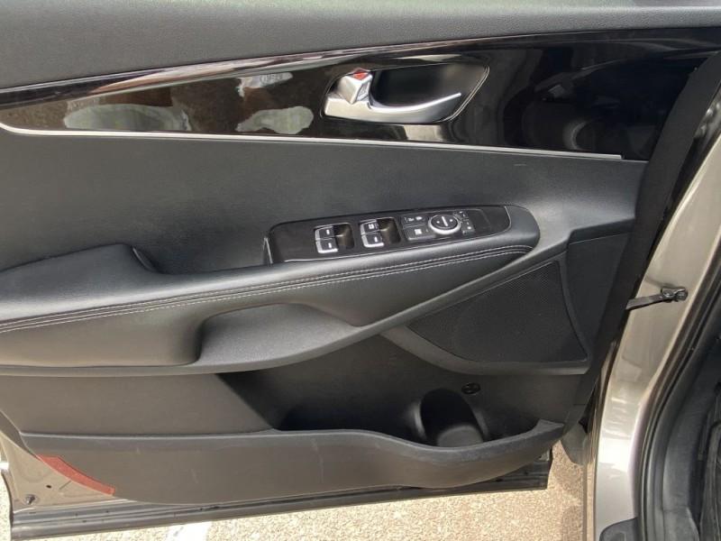 Kia Sorento 2016 price $15,495