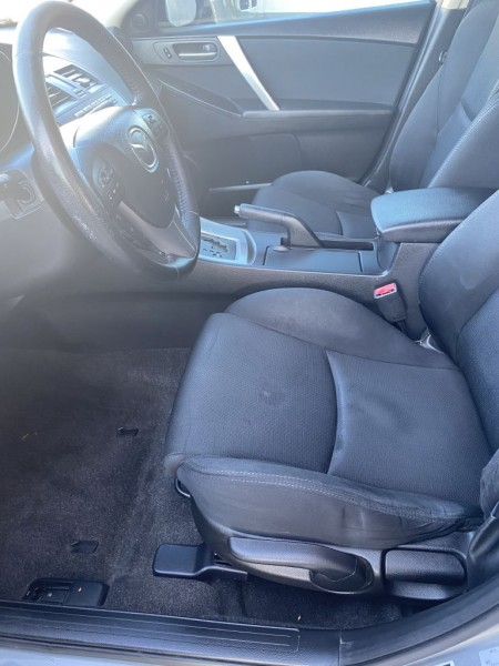 Mazda Mazda3 2010 price $7,950