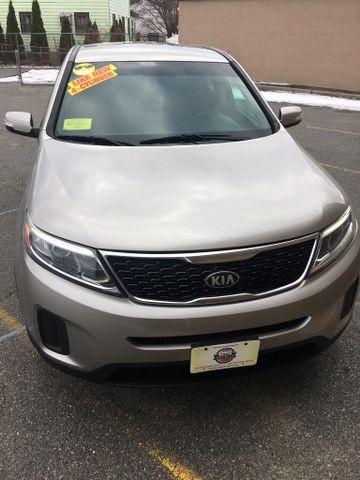 Kia Sorento 2014 price $9,995