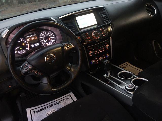 Nissan Pathfinder 2013 price $10,950