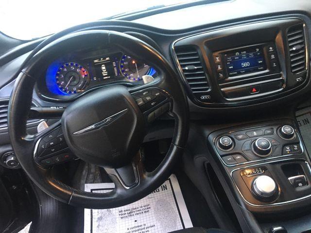 Chrysler 200 2015 price $9,950