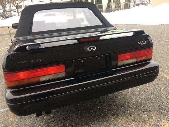 INFINITI M 1992 price $5,950