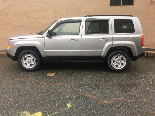 Jeep Patriot 2017 price $14,450