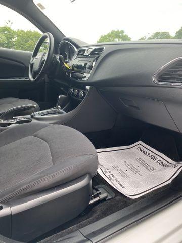 Chrysler 200 2014 price $7,250