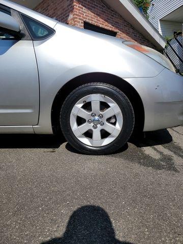 Toyota Prius 2005 price $5,950