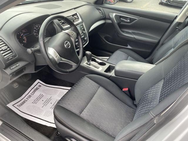 Nissan Altima 2016 price $15,950