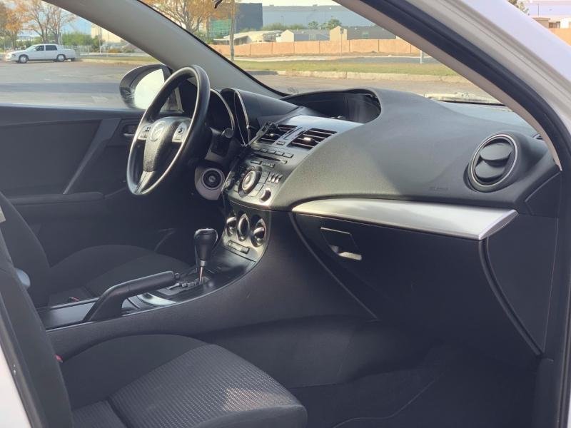 Mazda Mazda3 2013 price $6,550