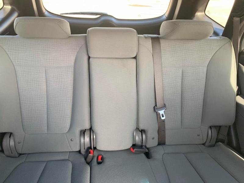 Hyundai Santa Fe 2012 price $7,700