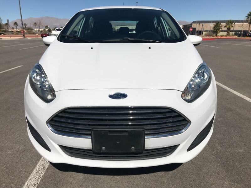 Ford Fiesta 2016 price $7,700