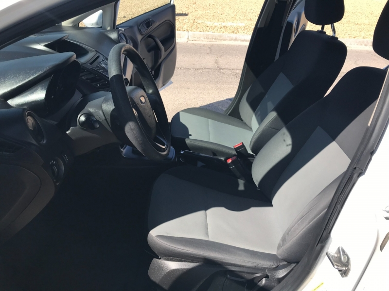 Ford Fiesta 2016 price $7,700