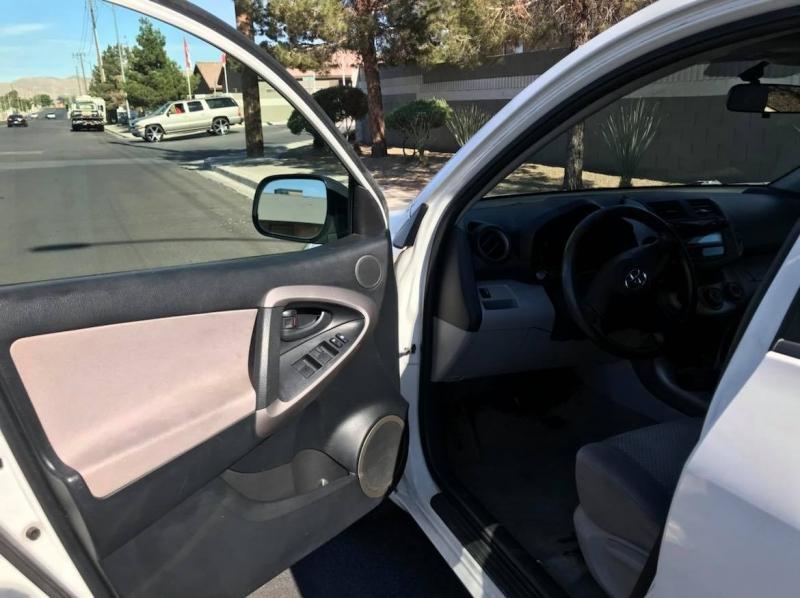 Toyota RAV4 2008 price $8,950