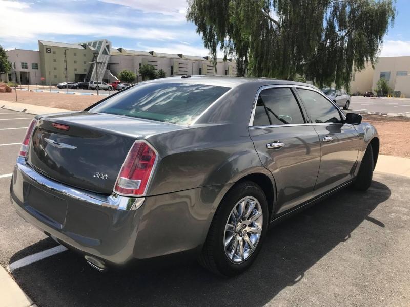 Chrysler 300 2011 price $9,500