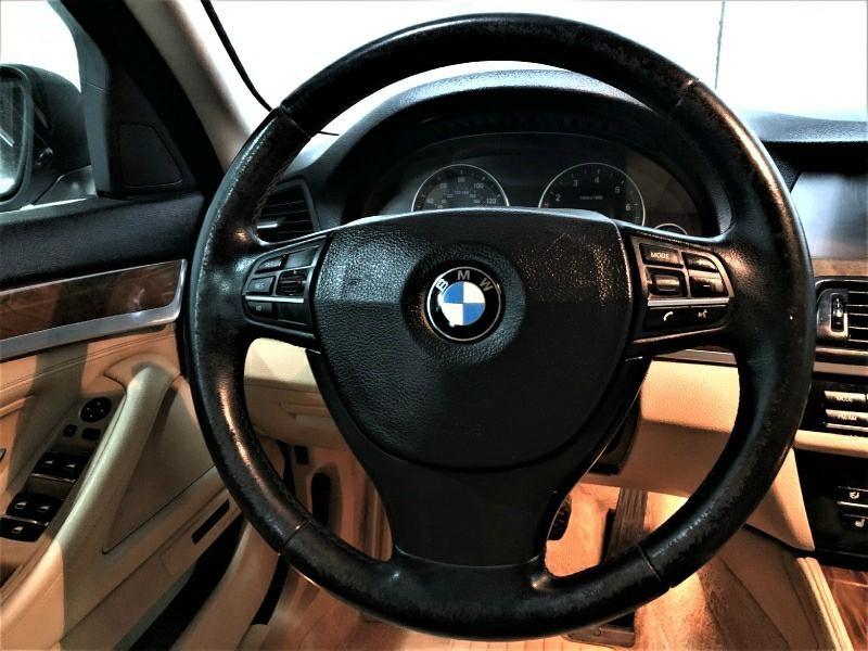BMW 5-Series 2011 price $11,495