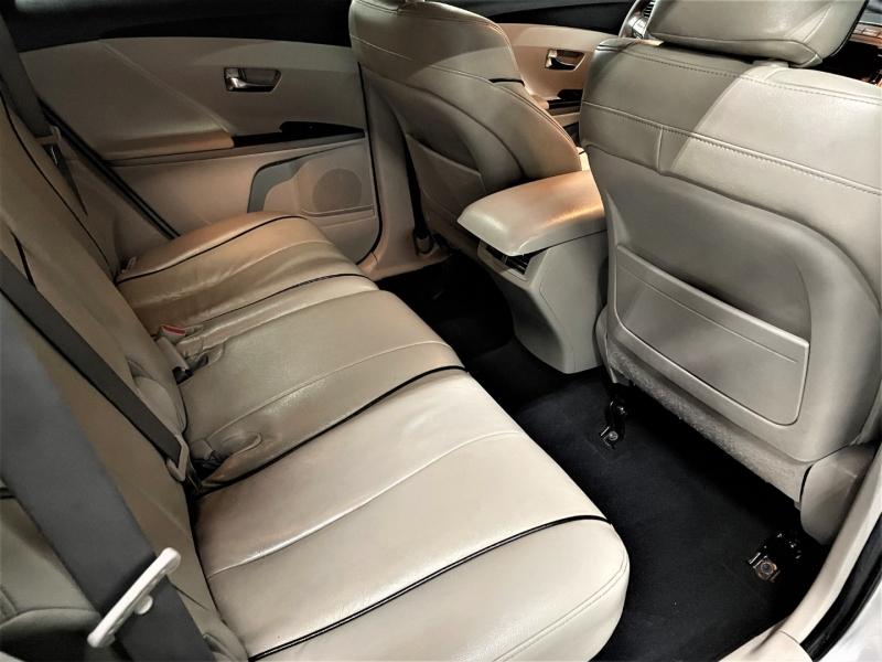 Toyota Venza 2011 price $11,695