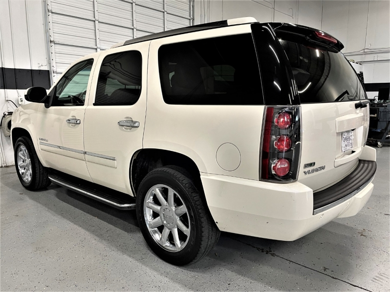 GMC Yukon 2011 price $14,295