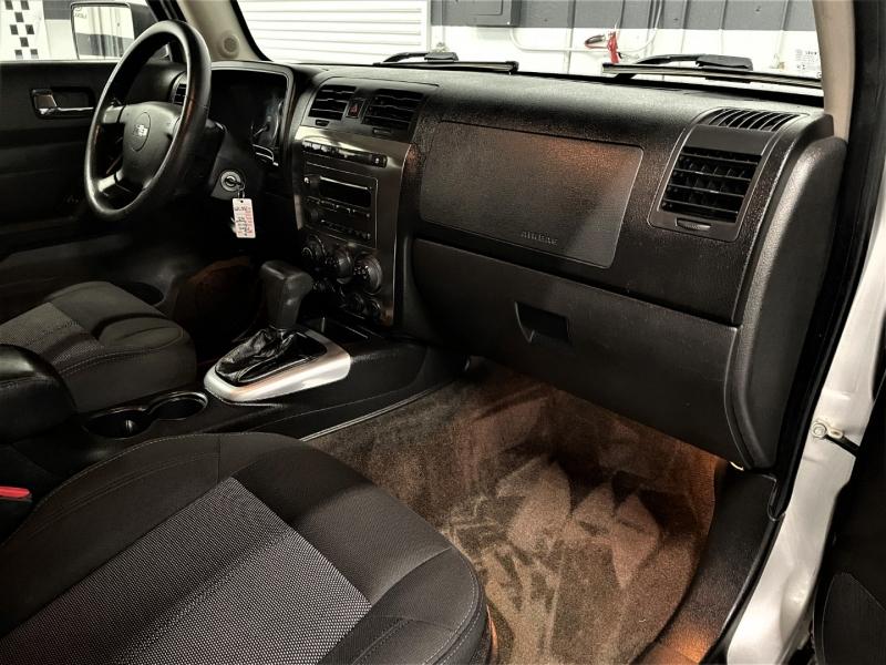 Hummer H3 SUV 2010 price $15,995