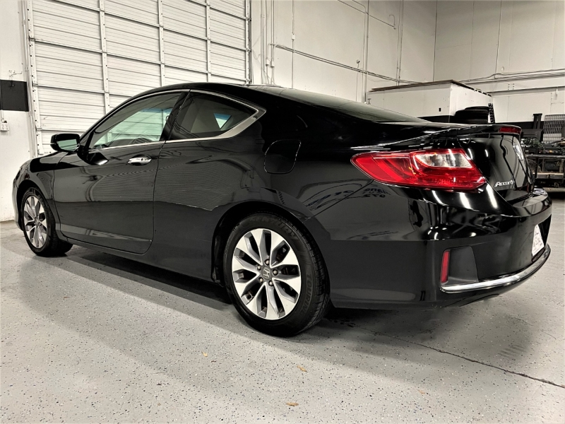 Honda Accord Cpe 2013 price $13,795