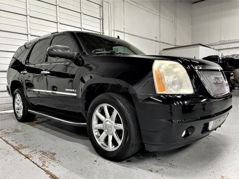GMC Yukon 2010 price $16,995