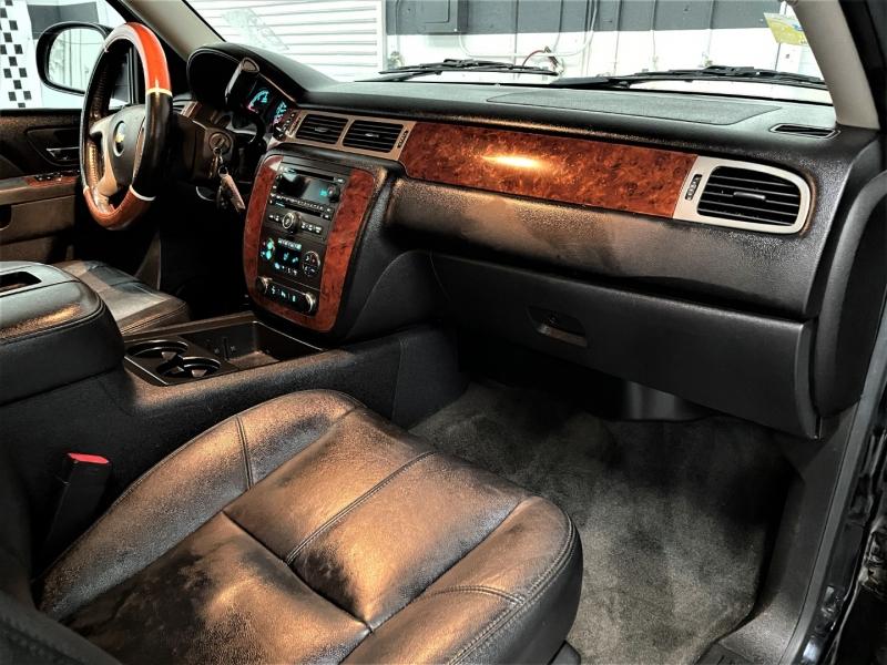 Chevrolet Suburban 2013 price $20,495