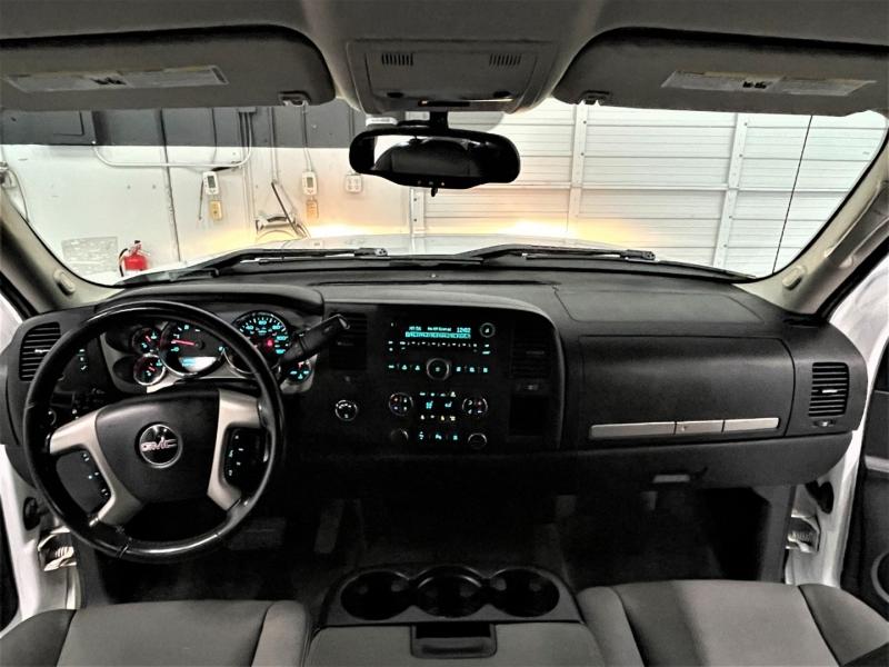 GMC Sierra 1500 2011 price $19,995