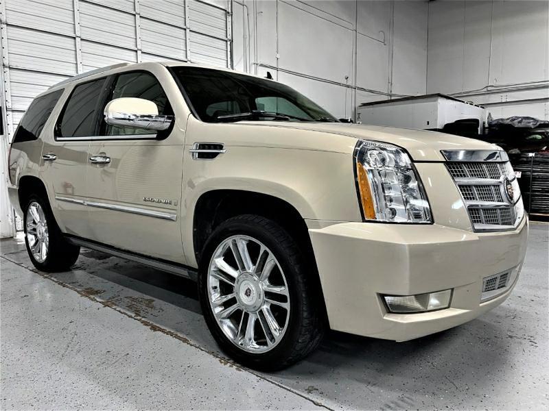 Cadillac Escalade 2007 price $15,995