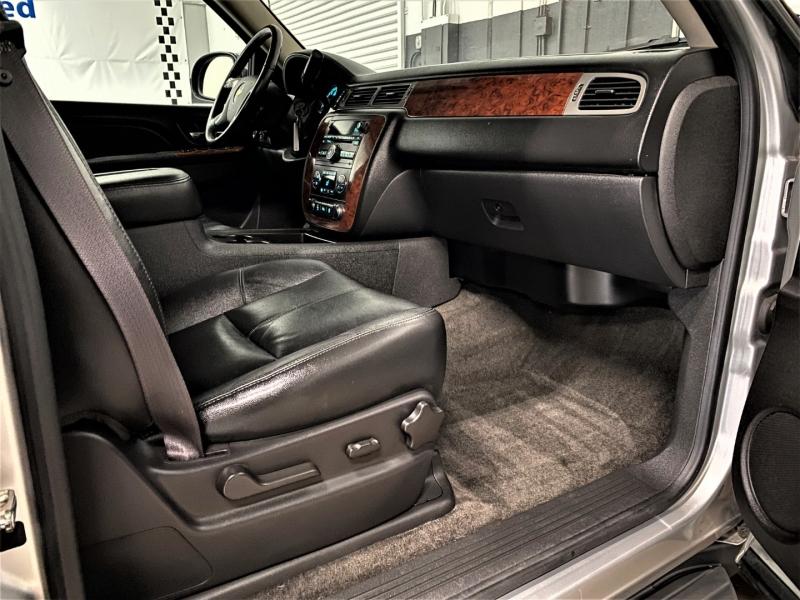 Chevrolet Avalanche 2012 price $21,995