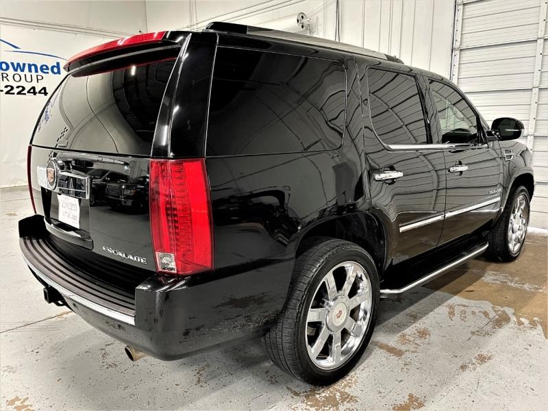 Cadillac Escalade 2013 price $25,995