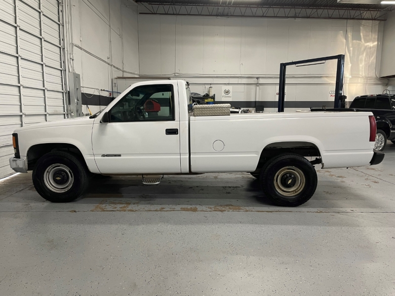 Chevrolet C/K 3500 2000 price $5,995