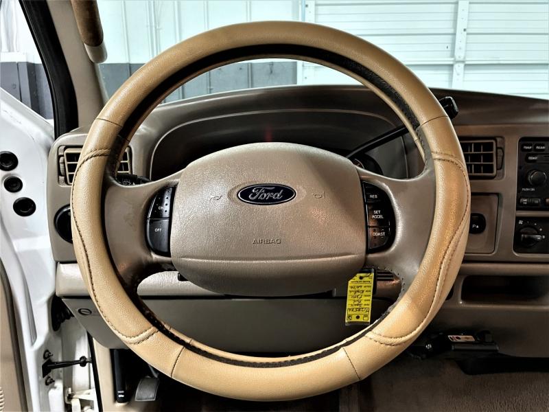 Ford Super Duty F-250 2004 price $18,995