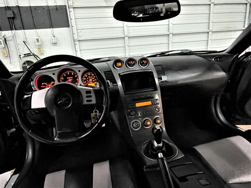 Nissan 350Z 2003 price $16,995