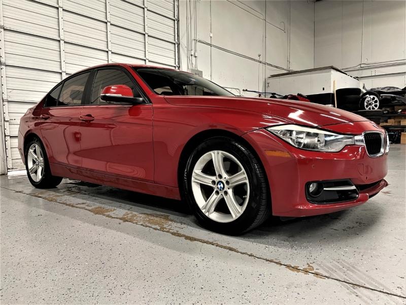 BMW 3-Series 2015 price $15,995