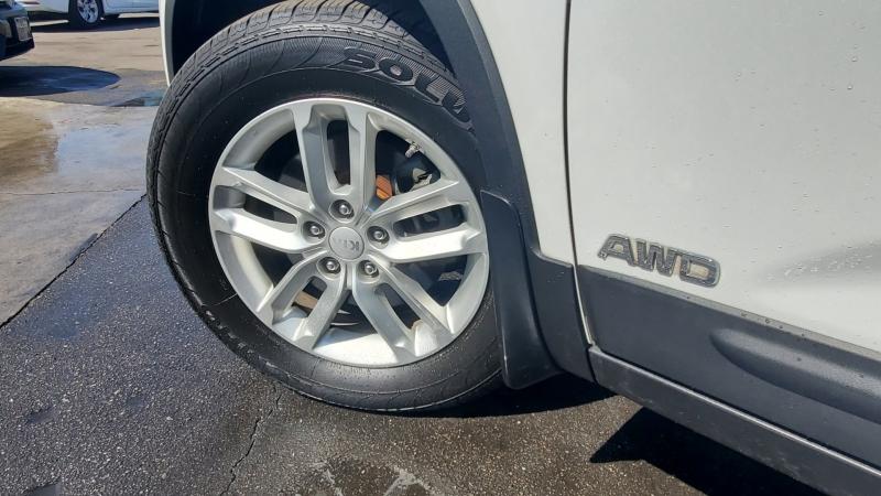 Kia Sorento 2015 price $999 Down