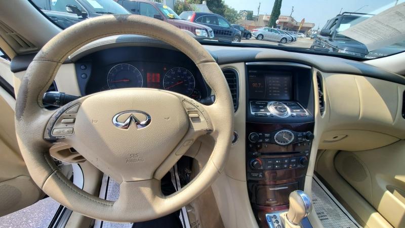 Infiniti EX35 2009 price $10,999